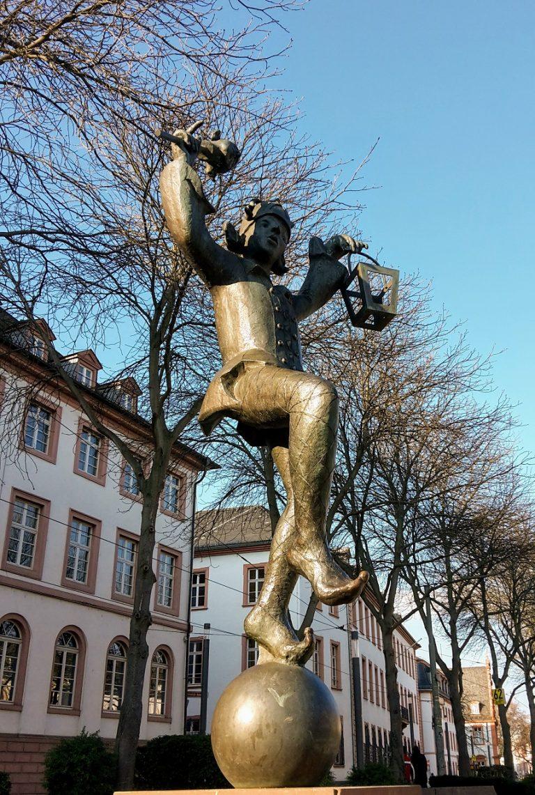 Das sieht Iht während der Schnitzlejagd in Mainz